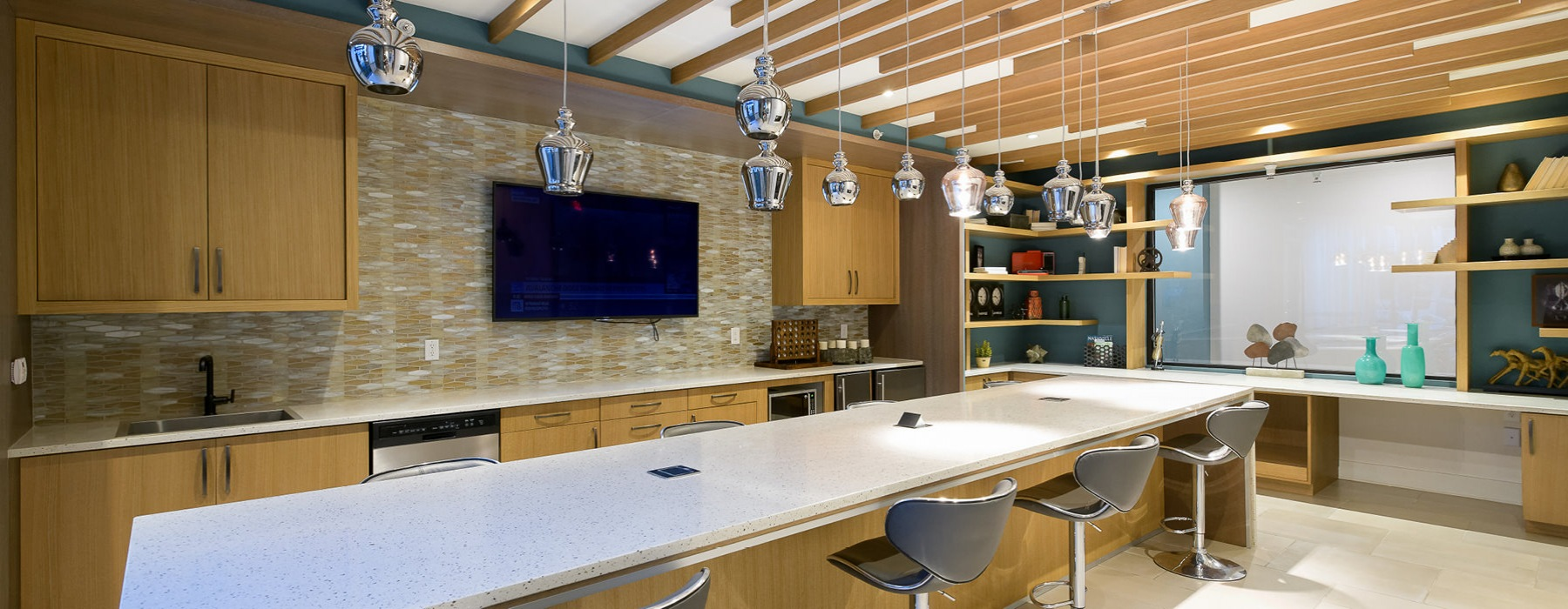 Clubhouse bar with hanging lighting